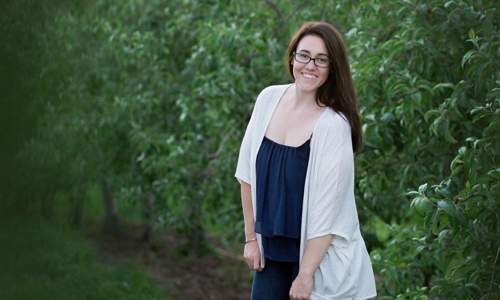 Meet Anna Groezinger of Anna MacIsaac Photography in